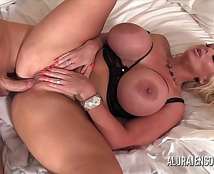 Big tit MILF Alura Jenson has her tight beaver impaled